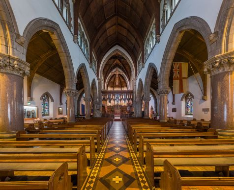 Inverness_Cathedral_Nave_1,_Scotland,_UK_-_Diliff.jpg